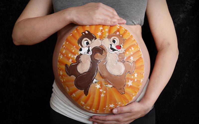 прикольные рисунки на животе беременных